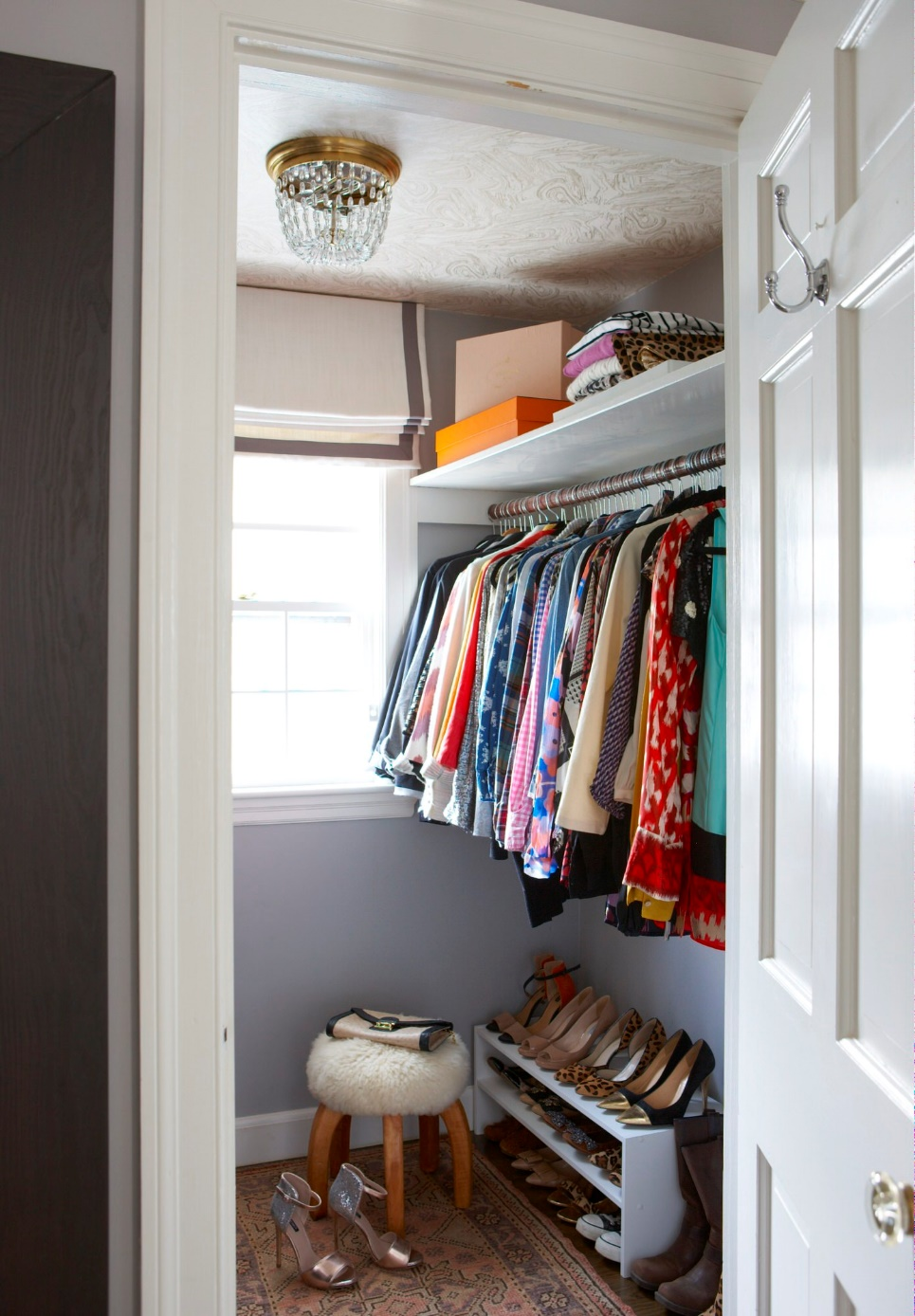 A simple Colonial Walk in Closet