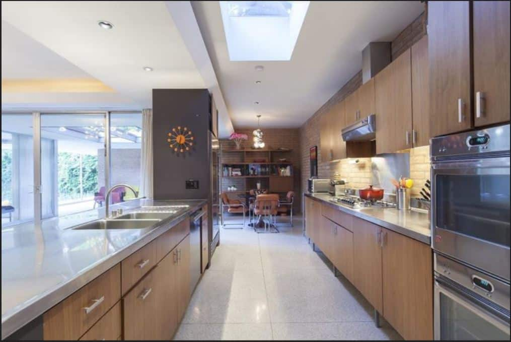 Mid-Century L-shaped Kitchen with Geometric Backsplash ideas