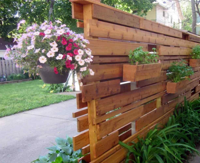 Need Privacy Fence Ideas? These will be Your 20++ Coolest ... on Decorations For Privacy Fence id=26850