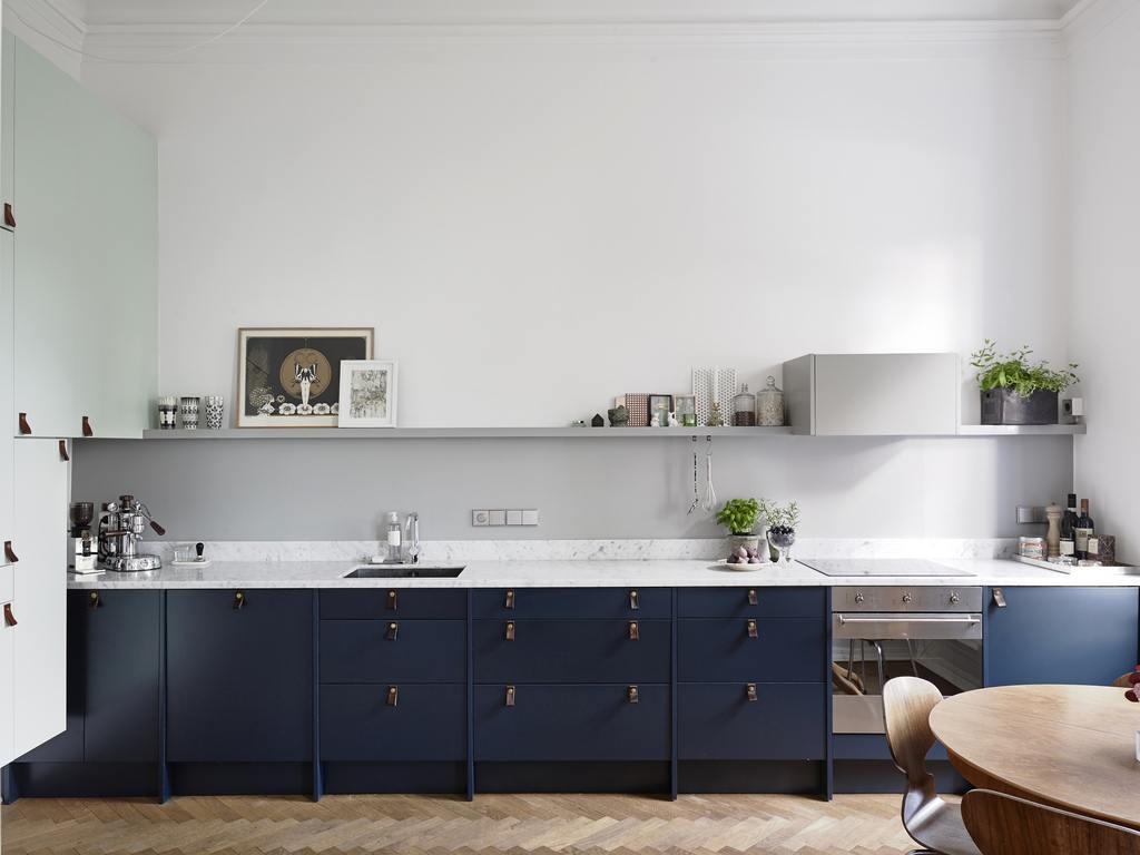 Cabinet Kitchen for simple Spaces