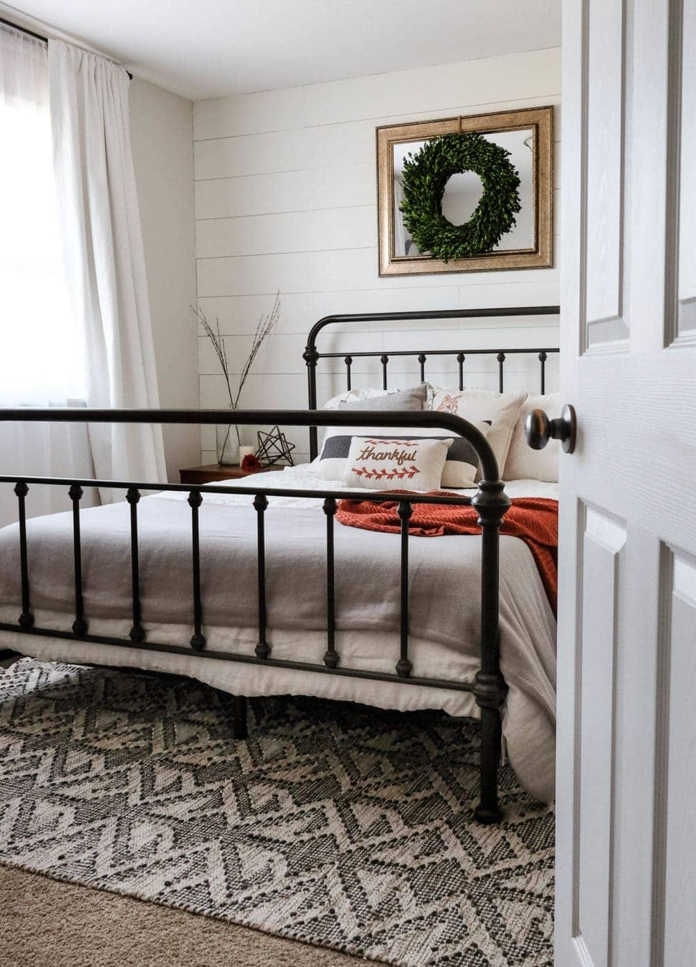 farmhouse bedroom pics