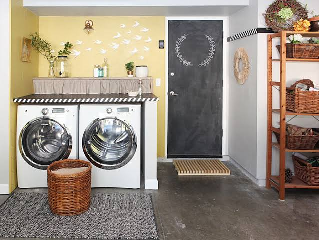 decorating a laundry room ideas