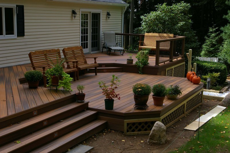 deck skirting with faux stone