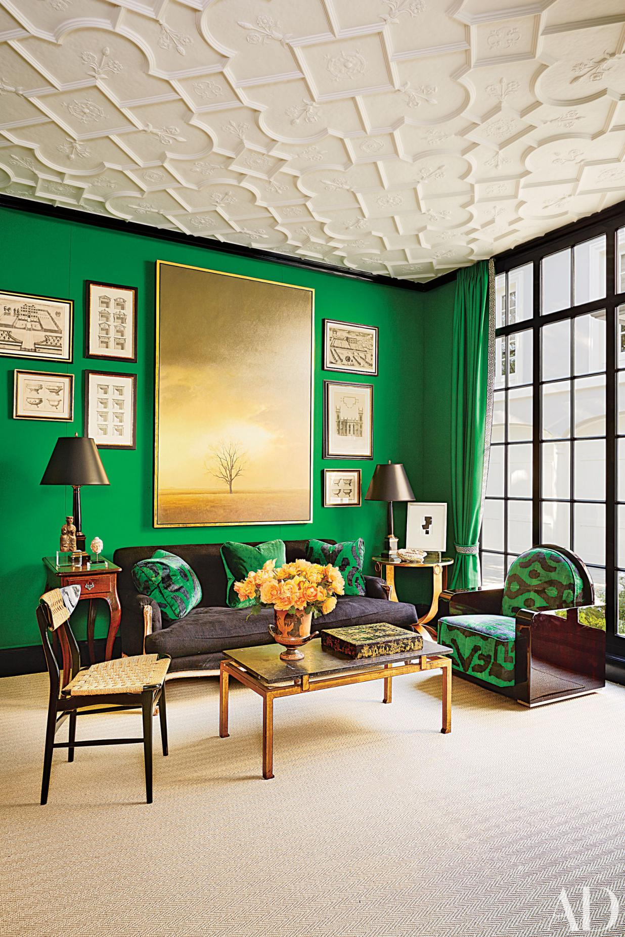 Living Room in White and Green Colours
