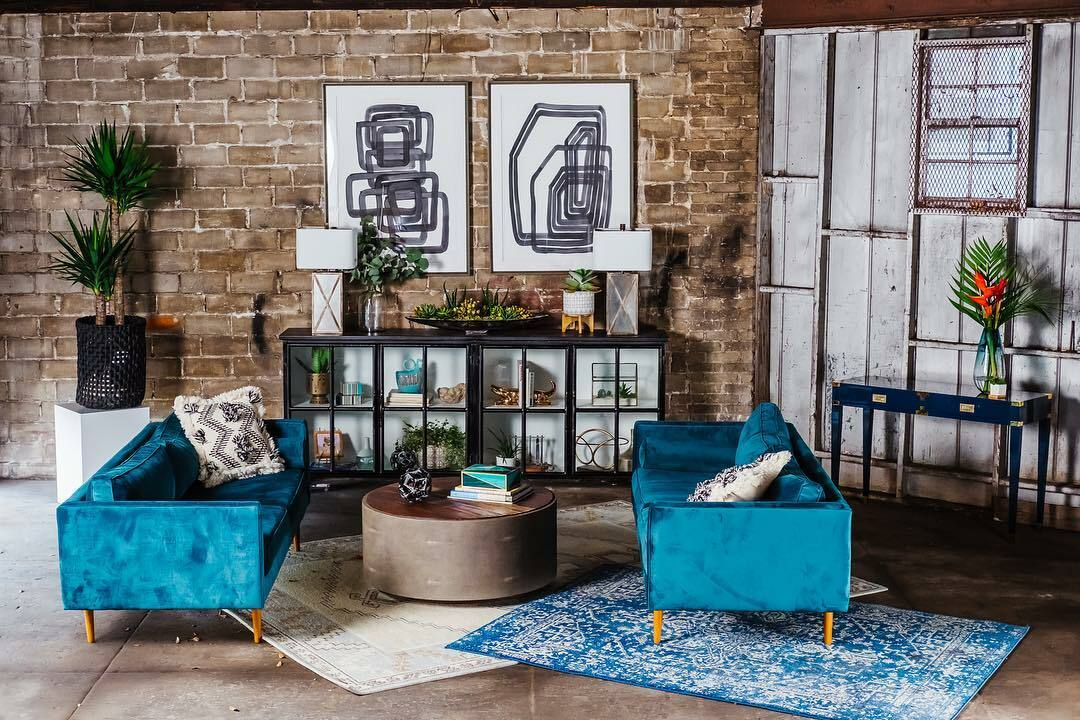 complement a teal living room