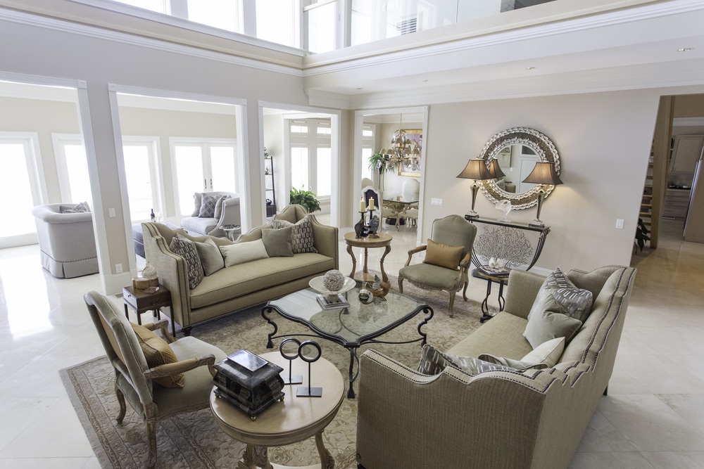 traditional transitional room
