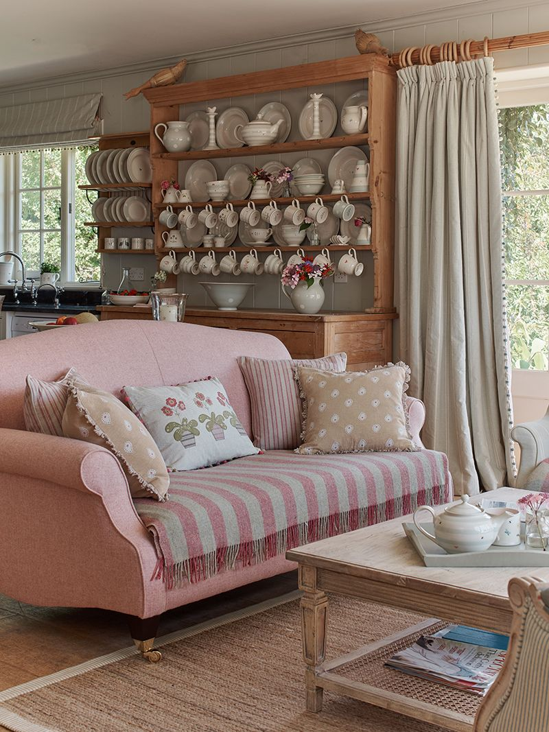 30 beautiful design of cottage living room furniture and